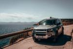 Land Rover Defender ora anche in versione elettrificata
