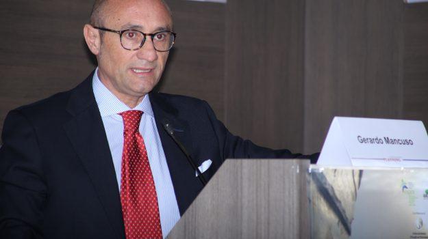 Gerardo Mancuso, Catanzaro, Società