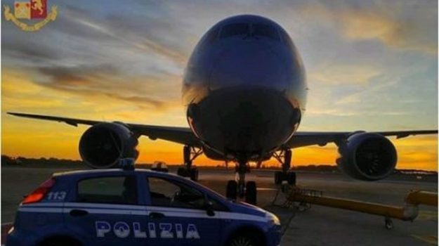 aeroporto lamezia, denuncia, polaria, Catanzaro, Cronaca