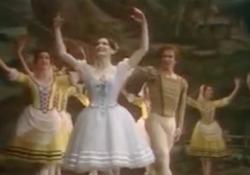 Morta Carla Fracci: quando con Nureyev ballò «Giselle» Al Teatro dell'Opera di Roma nel 1980 - Corriere Tv