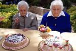 """Salina in festa per le """"sorelle del secolo"""" Giuseppina e Concetta: 205 anni in due"""