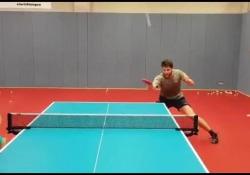 Ping pong, l'allenamento ipnotico di Ovtcharov Come allena la velocità Dima Ovtcharov? Con uno scambio di colpi davvero impressionante - Dalla Rete