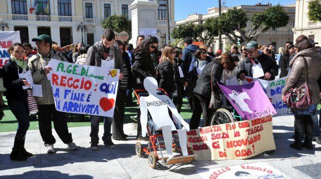 comune non paga, cooperative sciopero, reggio calabria, Reggio, Cronaca