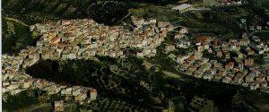 Una veduta aerea di Rocca di Neto