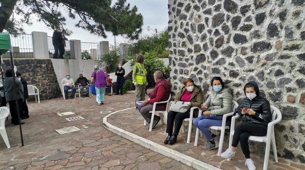 campagna vaccinale, coronavirus, eolie, isola di Salina, Messina, Cronaca