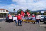 Lamezia, nuovo flash mob di protesta dei dipendenti Eurospin con i sindacati