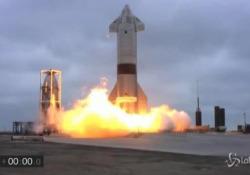 Space X: questa volta Starship non esplode e atterra Nei quattro precedenti voli si erano verificate esplosioni - LaPresse/AP