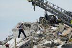 Crollo del palazzo a Miami. Il bilancio delle vittime sale a 20, sono 128 i dispersi