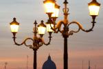 Studio, più luce notturna dove vengono assegnati più fondi Ue