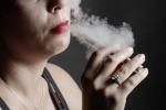 """""""Una minaccia per la salute pubblica"""" vietare le sigarette elettroniche"""