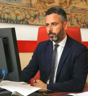 Il vice sindaco Arnando Neri