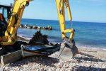 Sciacca, demolite le imbarcazioni usate per il trasporto illecito di migranti