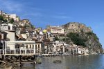 Chianalea, gemma di Calabria. Il viaggio nel borgo con i piedi nell'acqua - LE FOTO