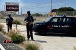 Lazzaro, ruba e vernicia un'auto: arrestato dai Carabinieri