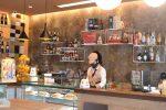 Il piacere del caffè in tazzina al banco. Un gusto riscoperto stamattina anche in Calabria