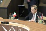 """Vertice Nato, Draghi: """"Alleanza forte"""". Le tensioni con la Cina e il """"nodo"""" Russia"""