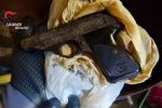 Nicotera, nascondeva una pistola... nel mangime, arrestato un 57enne incensurato VIDEO