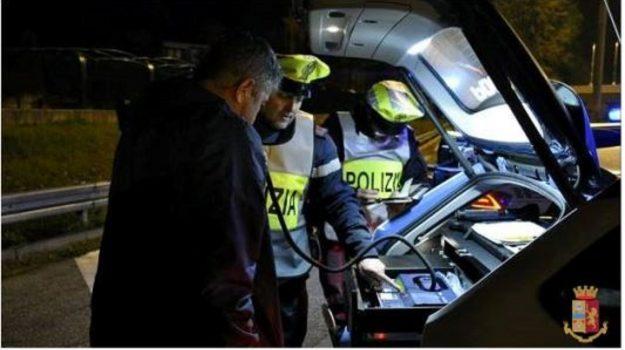 calabria, controlli stato ebbrezza, polizia stradale, Calabria, Cronaca