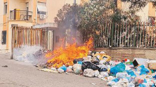emergenza rifiuti, mortara, reggio calabria, Reggio, Cronaca