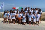 Pulizia in spiaggia: a Rodia ci pensano i bambini