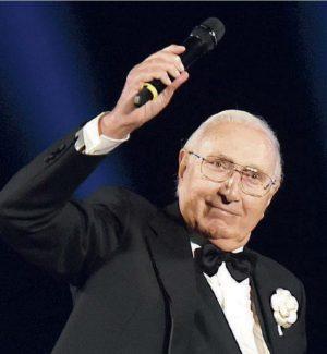 """Quella volta a Taormina. Pippo Baudo fu la stella del primo """"Gds Show"""", che lo premiò"""