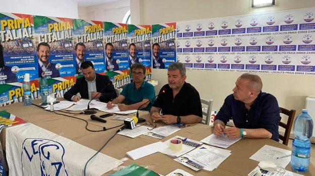 lega calabria, Calabria, Politica