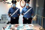 Rosarno, aveva in casa pistola clandestina e... 200mila euro in contanti. In manette 36enne