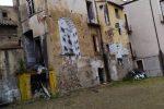 Cosenza, il violento acquazzone provoca un crollo nella città vecchia