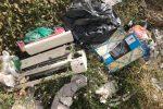 Cittadini esasperati a Messina: discariche pure davanti a ospedale e farmacia