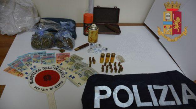 23enne, arresto, droga, munizioni, polizia, vibo valentia, Catanzaro, Cronaca