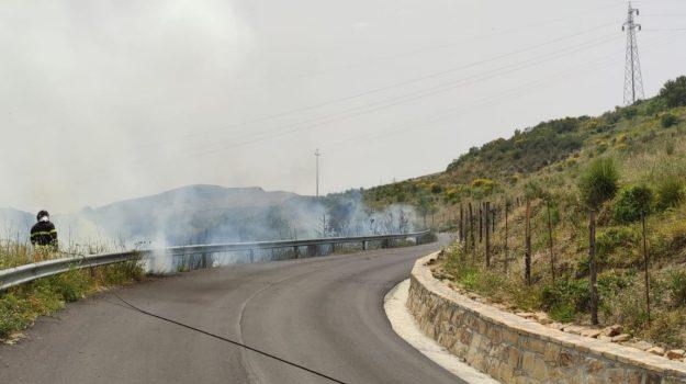 incendio, motta d'affermo, Messina, Cronaca
