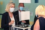 Regionali in Francia: Marine Le Pen sotto le attese, Provenza in bilico