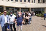 Crisi Corap Calabria, manifestazione di lavoratori e sindacati alla Cittadella
