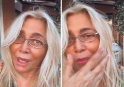 Mara Venier: «Parte del mio viso ha perso sensibilità, però torno a Domenica In» La conduttrice sarà regolarmente in onda domenica 20 giugno - CorriereTV