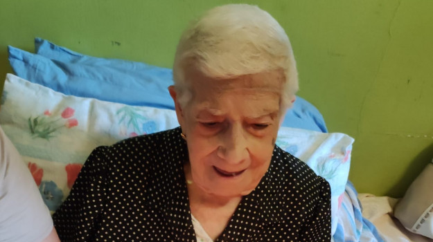 105 anni, Anna Mangione, Catanzaro, Società