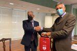 Rende, il Rotary Club consegna un defibrillatore al Comune