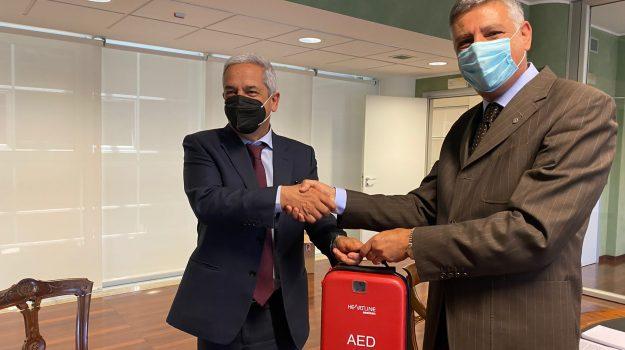 defibrillatore municipio rende, Giuseppe Gagliano, Marcello Manna, Cosenza, Cronaca