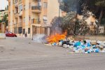 Reggio Calabria, emergenza rifiuti: ancora roghi in strada