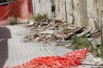 Caduta di calcinacci, strada interdetta da oltre due mesi a Messina - FOTO