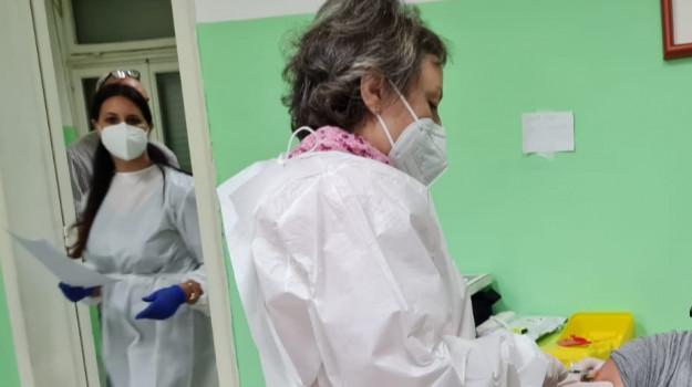 coronavirus, covid, monterosso calabro, vaccini, vax day, Catanzaro, Cronaca