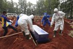 Covid: oltre 100 bambini morti ogni settimana in Indonesia, molti con meno di 5 anni