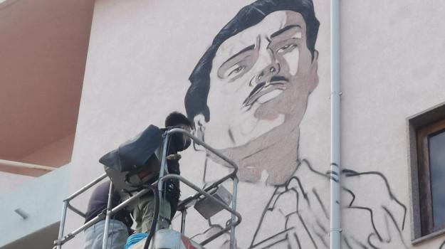 murale, Cosenza, Società