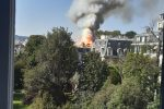Parigi, violento incendio tra Matignon e ambasciata d'Italia: nessun danno al momento