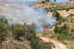 """Cassano, il video dell'incendio divampato in zona """"conche di Lauropoli"""""""