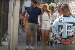 Jennifer Lopez e Ben Affleck a Capri mano nella mano - VIDEO