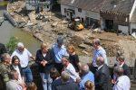 Alluvione in Germania, 156 le vittime. Merkel sui luoghi del disastro