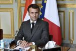 Francia: niente stipendio ai sanitari non vaccinati. Un mln di prenotazioni dopo il discorso di Macron
