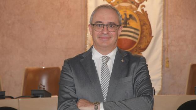 voghera, Massimo Adriatici, Sicilia, Cronaca