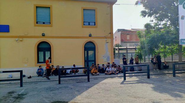 carabinieri, crucoli, sbarco, torretta, Catanzaro, Cronaca