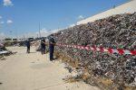 Corigliano Rossano, rifiuti plastici accatastati senza controllo: sequestrata l'area
